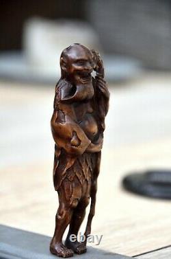 Antique Japanese netsuke Tekkai Sennin Taoist Immortal holding stick