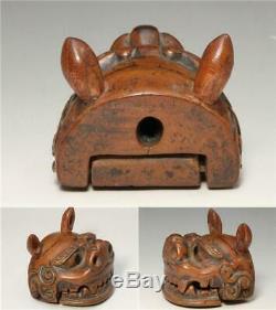 NW105 Japanese Antique wooden boxwood Kara Shishi (Lion) Netsuke # Japan foo dog